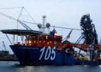 kapal supply terbesar
