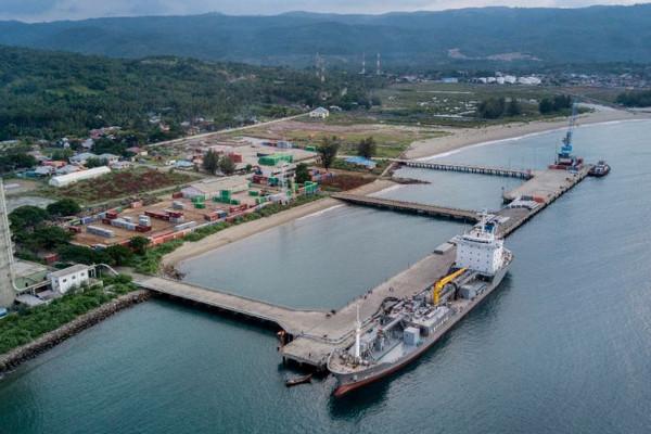 bagian laut yang digunakan untuk pelabuhan kapal disebut