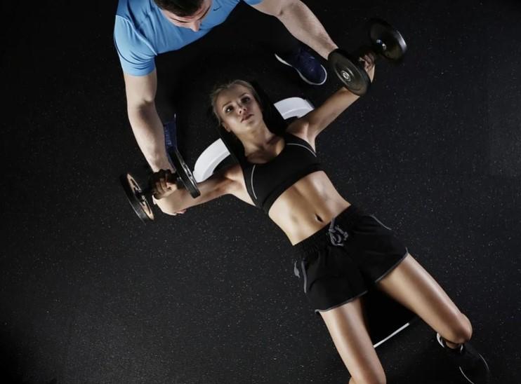 untuk meningkatkan daya tahan otot bentuk latihan yang dapat digunakan yaitu