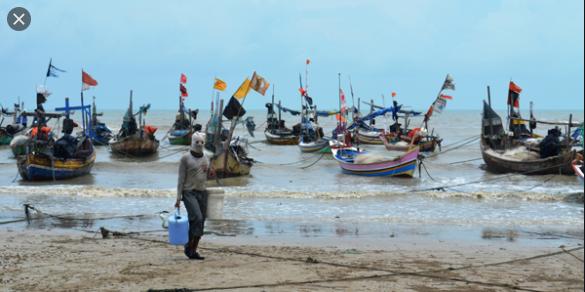 mengapa pendapatan nelayan berbeda antar musim