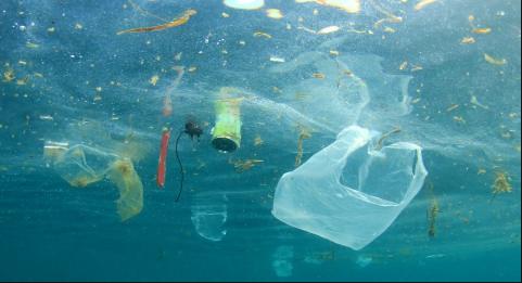 sebutkan 3 penyebab timbulnya pencemaran laut