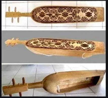 sumber bunyi alat musik sampek