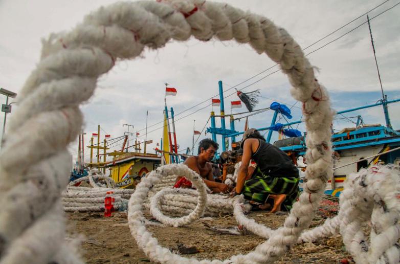 apa yang dilakukan nelayan pada musim angin kencang